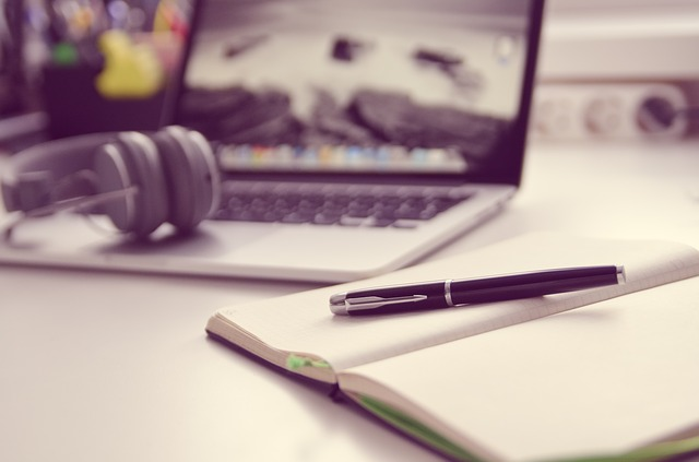nauka online, samodzielna nauka, kursy online