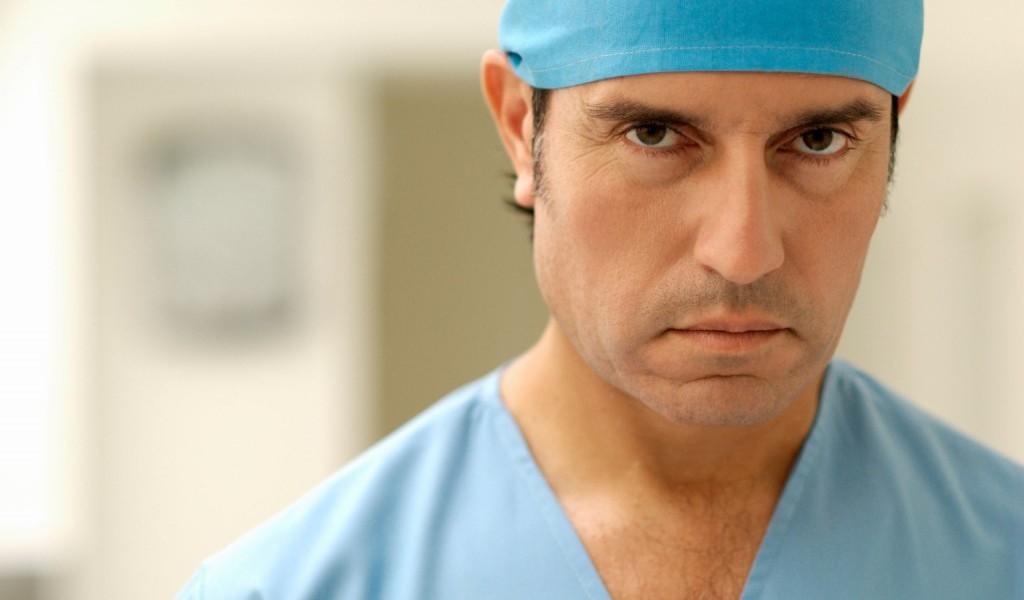 daktaras-mirtis-1024x685
